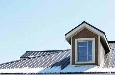 The Benefits of Metal Roofing Over Traditional Options